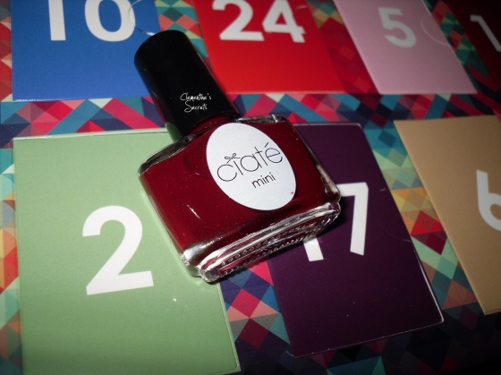 Ciaté Day 02 Dangerous Affair Mani Month Calender (1)