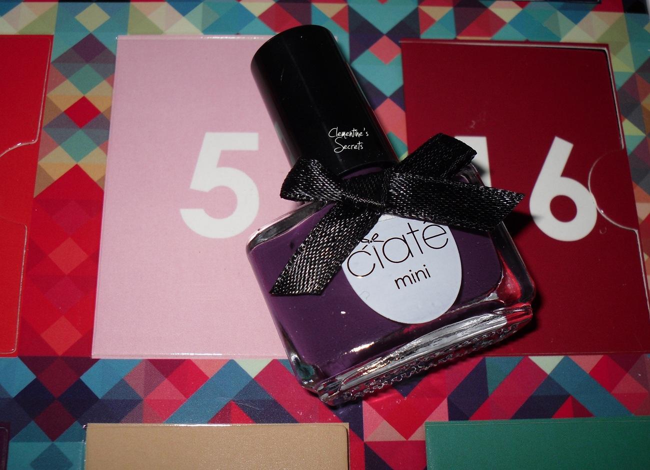 Ciate Day 05 Cabaret Mani Month Manucure  (1)